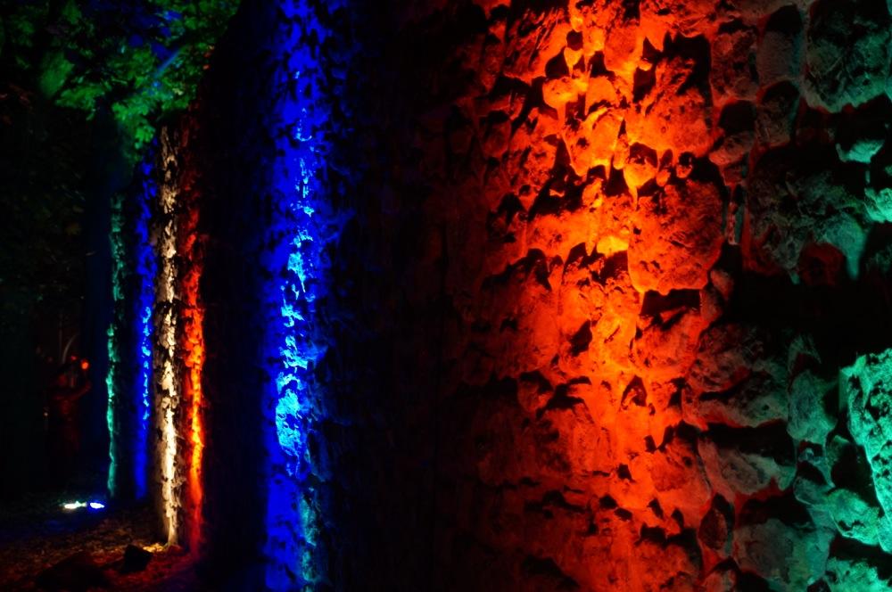 recklinghausen leuchtet mauer angestrahlt